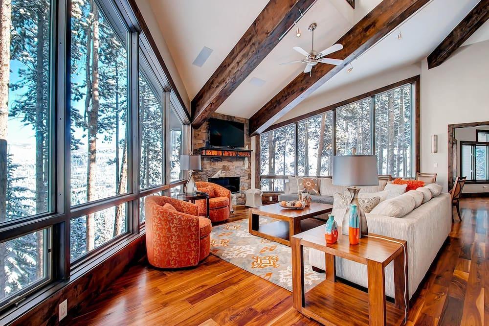House, Multiple Beds (Grand Vista Lodge) - Living Room