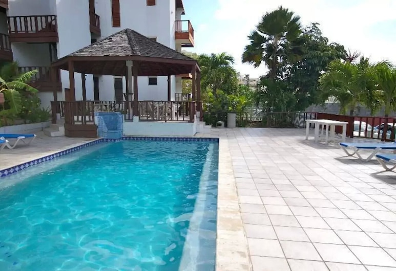 Private one Bedroom Apartment With Common Pool, Filipsburgas