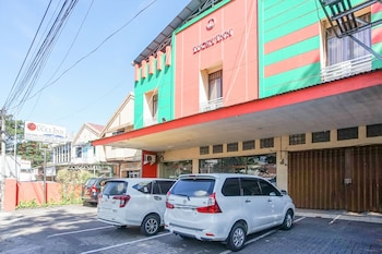 Picture of Hotel Lucky Inn in Manado