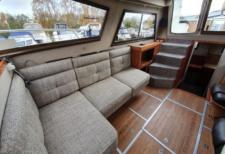 Houseboat Lynx, London, Room (Houseboat), Room
