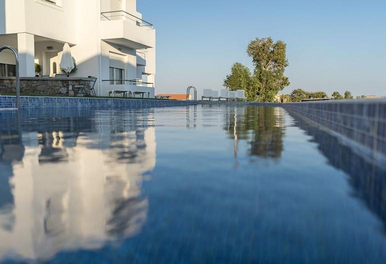 Gennadi Summer Villas, Rodosz, Kültéri medence