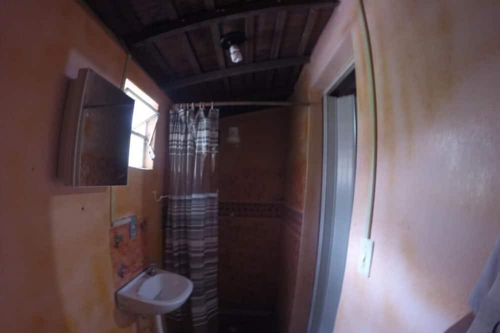 Room (Quíntuplo) - Bathroom