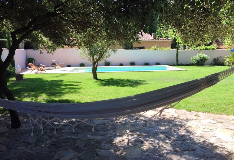 Villa With 4 Bedrooms in Lambesc, With Private Pool, Enclosed Garden and Wifi - 30 km From the Beach, Lambesc