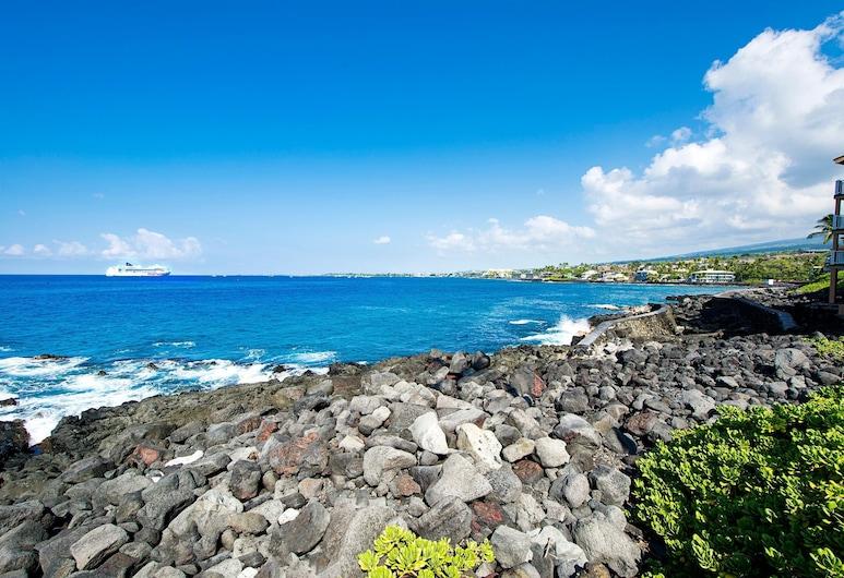 Kona Shores 221 Stvr #19-390879, Kailua-Kona, Condo, Multiple Beds (Kona Shores 221 STVR #19-390879), Beach