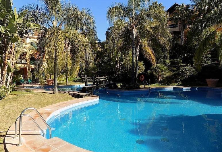 Stunning El Campanario Apt - Pool View, Cartama, Vanjski bazen