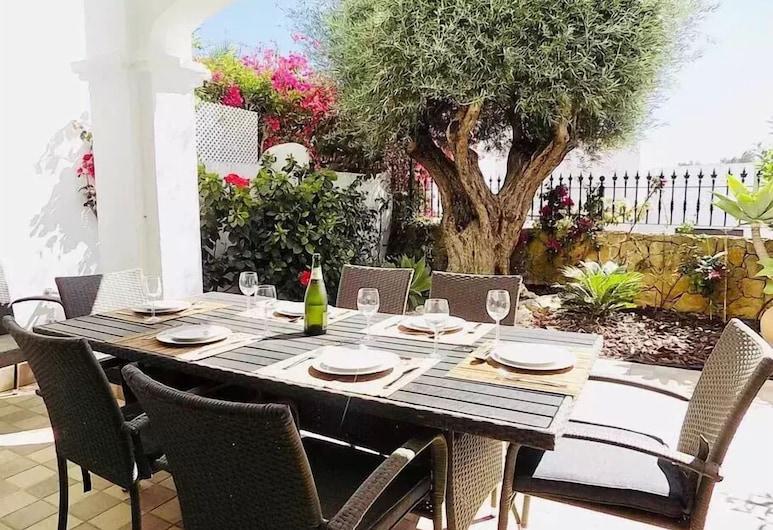 Casa Iris - Spacious & Stunning Villa, มาร์เบลลา, รับประทานอาหารกลางแจ้ง