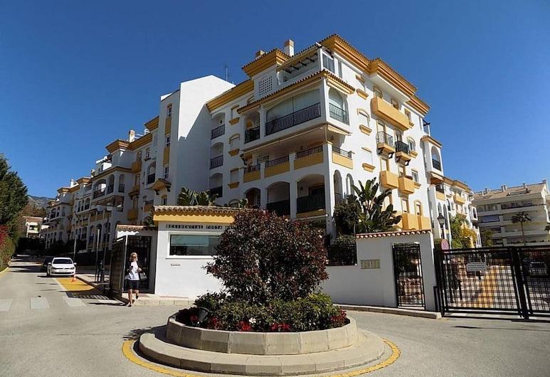 Marbella Golden Mile Luxury Apartment, מרבייה, חזית הנכס
