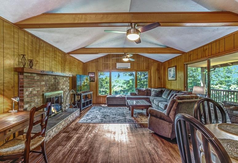 Alpine Walking Distance To App Ski 2 Bedroom Cottage, Blowing Rock, Cottage, 2 Bedrooms, Living Room