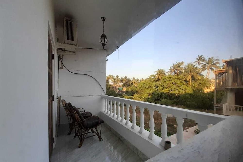 Family Room, Balcony - Balkoni
