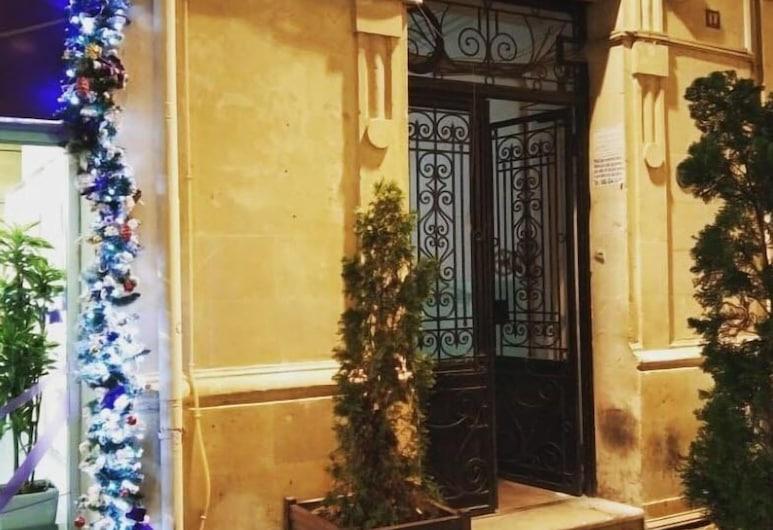 Yes Hostel Baku, باكو, واجهة الفندق - مساءً /ليلا