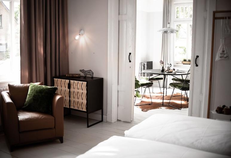 Logierhaus M, Esens, Suite, Non Smoking, Kitchenette (Logier 1), Room