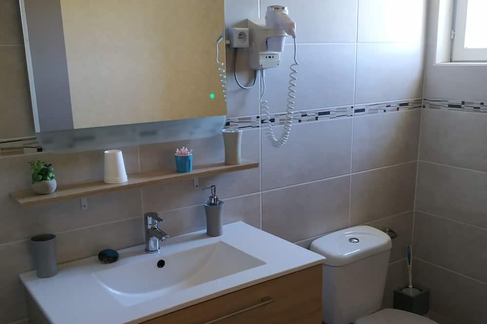ห้องทริปเปิล - อ่างล้างมือ