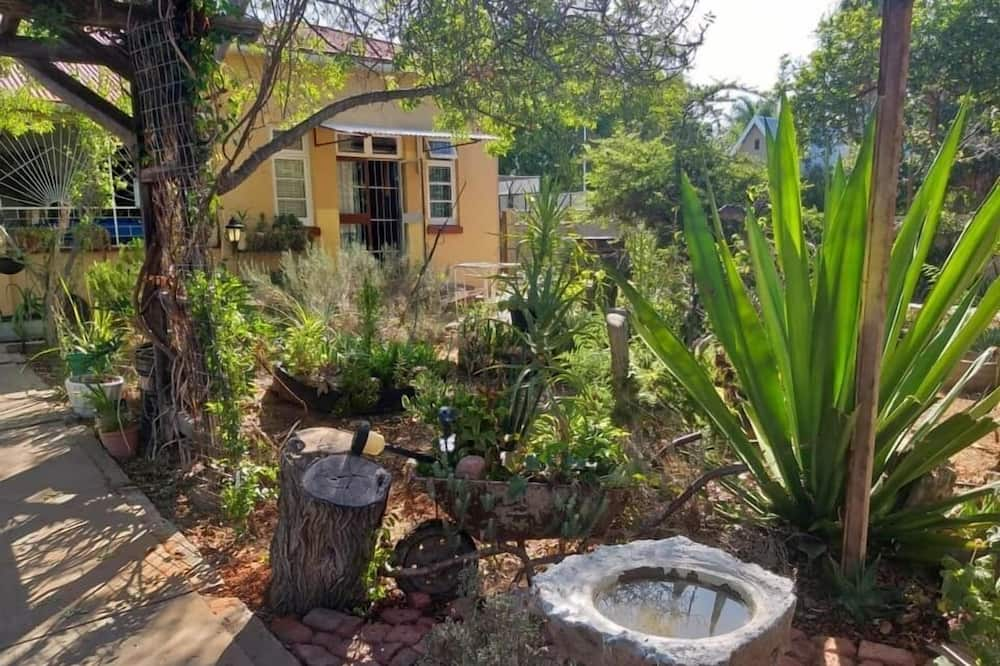 Tranquility in Klein Karoo