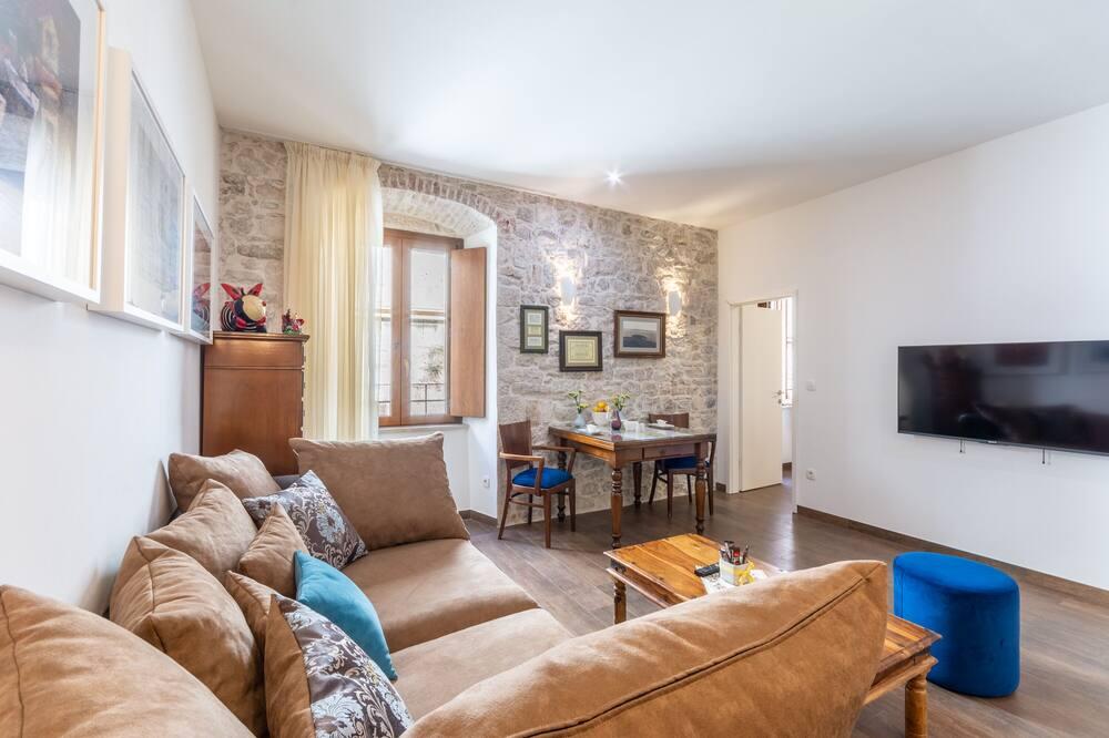 อพาร์ทเมนท์ (One Bedroom Apartment) - ห้องนั่งเล่น