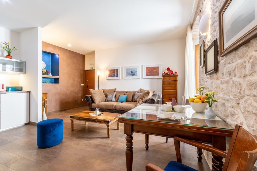 อพาร์ทเมนท์ (One Bedroom Apartment) - บริการอาหารในห้องพัก