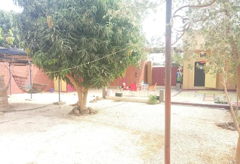 Résidence LRAD Saly, Ngaring, Teren przynależny do obiektu