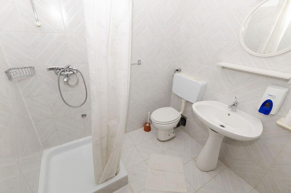Studio (A3) - Bilik mandi