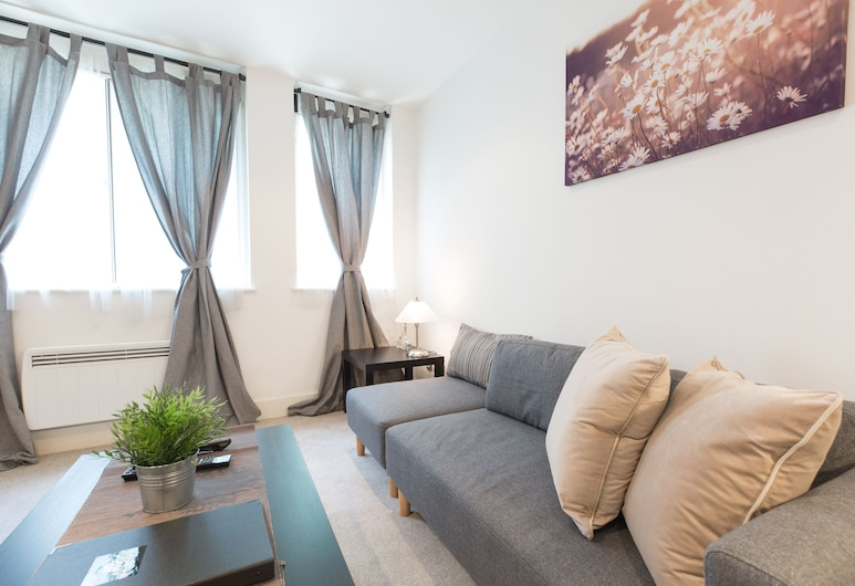Stay Inn Apartments St. Paul's 2, London, Apartment, 2 Bedrooms, Living Room