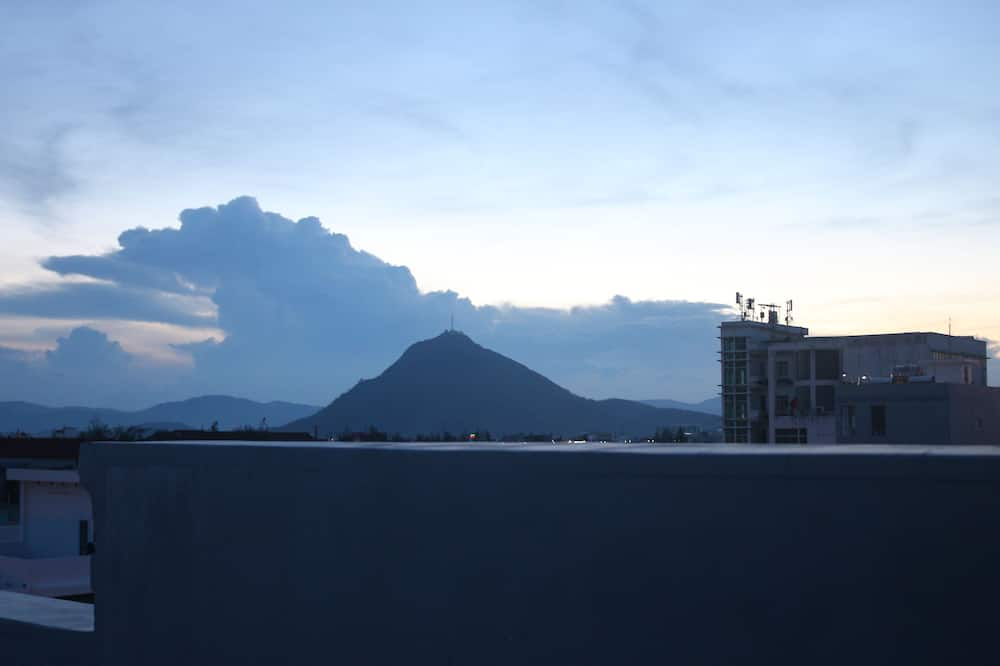 Quadruple Room - Mountain View