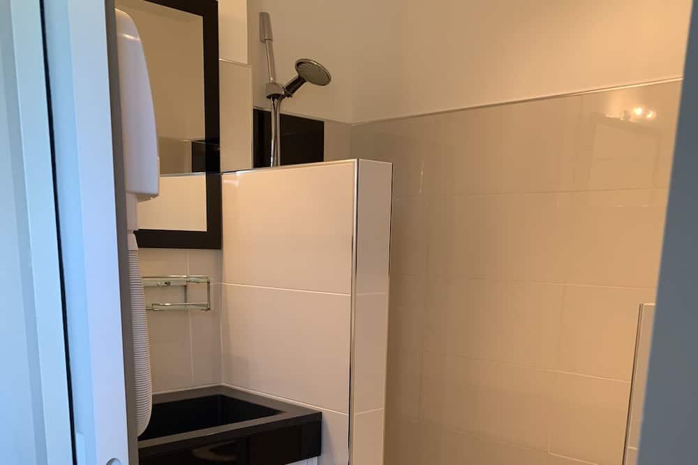 豪華雙人房, 1 張加大雙人床, 露台 - 浴室
