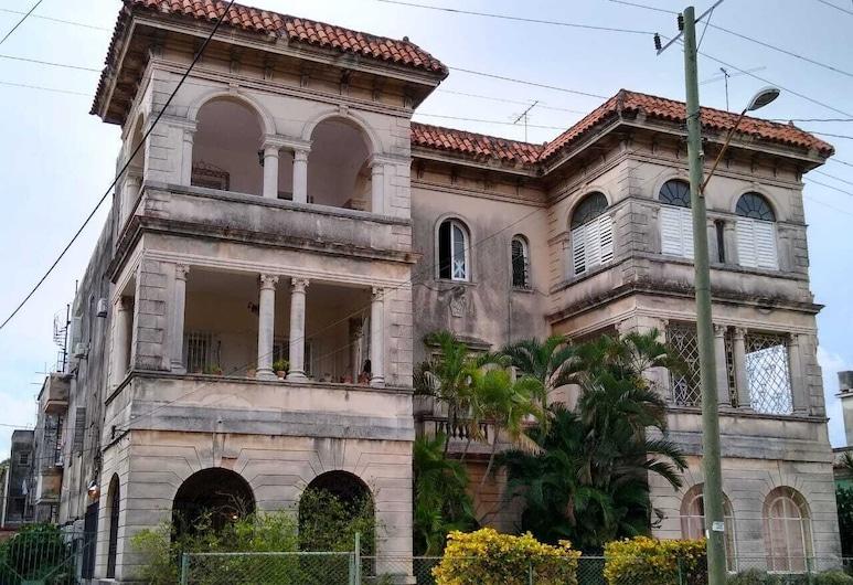 Depa 500m del Malecon Habana Cuba 4BD , Havana
