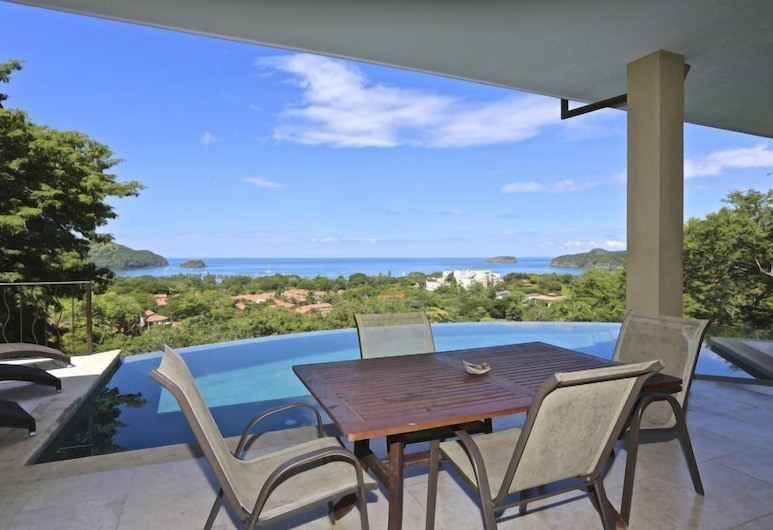 Pacifico 107 Villa Blue Horizon, קוקו, וילה יוקרתית, 3 חדרי שינה, בריכה פרטית, נוף לאוקינוס, מרפסת/פטיו