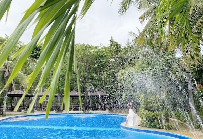Hiraya Wellness Resort and Ecopark, Aguilar, Outdoor Pool