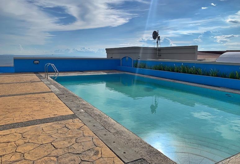Marina Residential Suites, Manila, Outdoor Pool