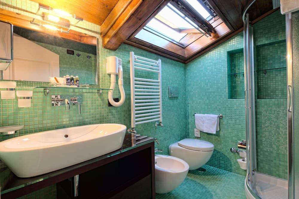 Flexible Room (room change) - Bathroom