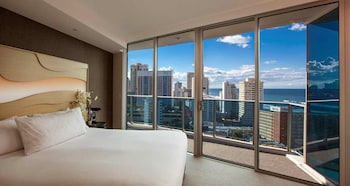 Picture of Hilton Surfers Paradise Residences in Surfers Paradise