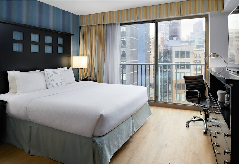 Fairfield Inn & Suites by Marriott New York ManhattanChelsea, New York, Room, 1 King Bed, Non Smoking, Guest Room View