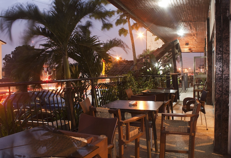 Niagara Hotel, Accra, Terrace/Patio