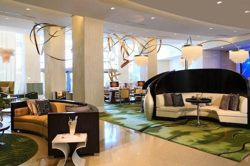 โรงแรมเรอเนซองซ์