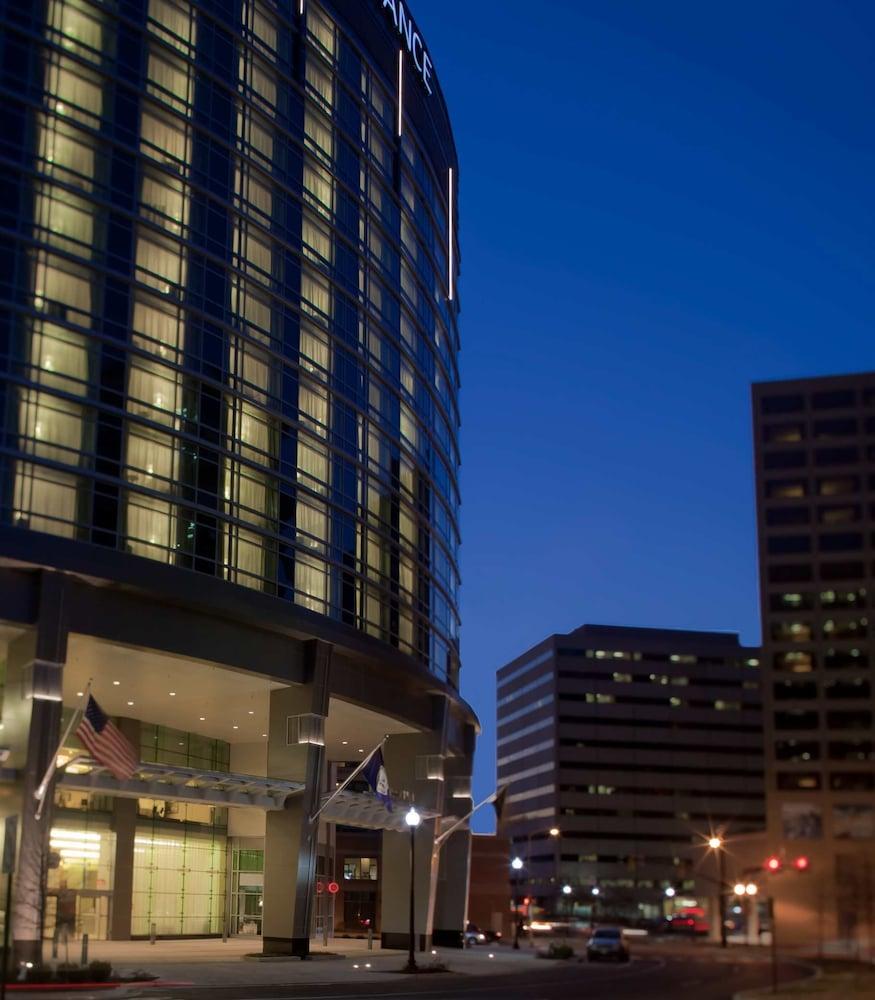Book Renaissance Arlington Capital View Hotel, Arlington, Virginia - Hotels.com