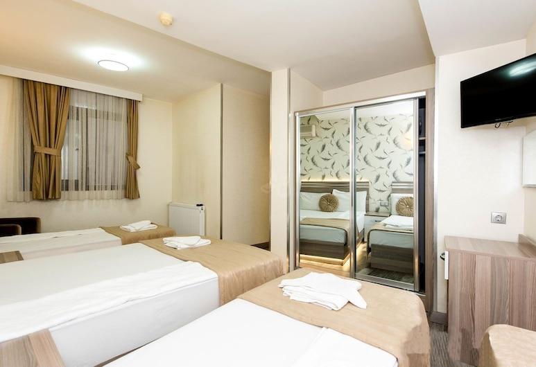 伊茲密爾奧林匹亞酒店, 伊士麥, 標準四人房, 客房