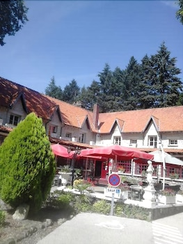 Picture of Hipotel Hostellerie du Lys in Lamorlaye