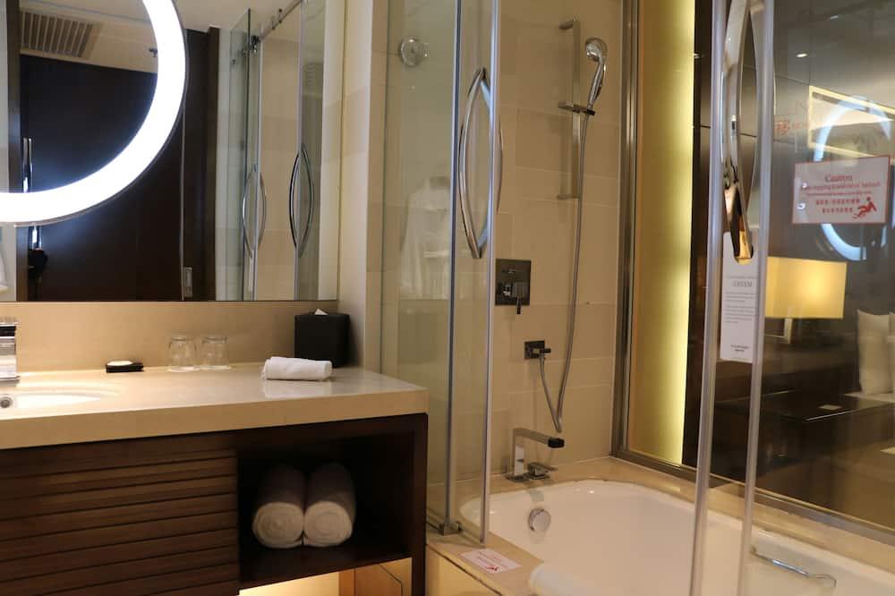 エグゼクティブ ルーム キングベッド 1 台 禁煙 - バスルーム