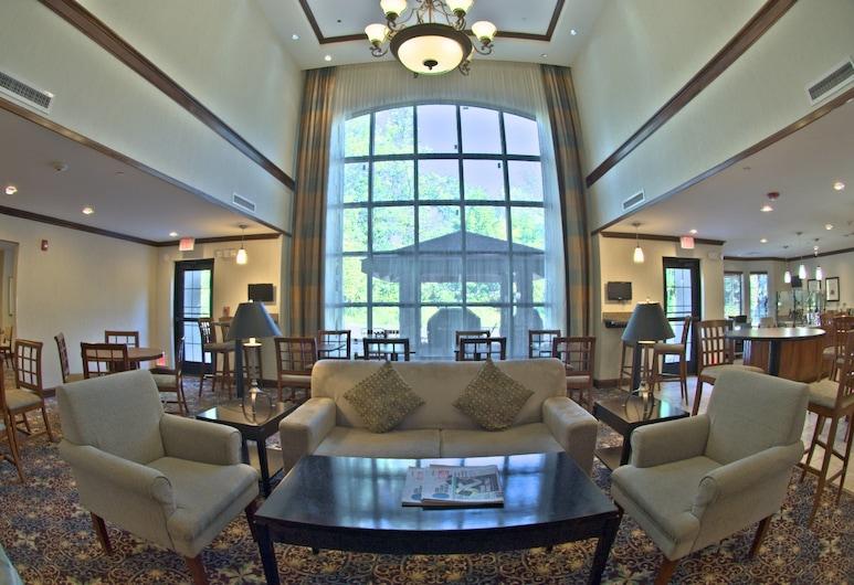 Staybridge Suites East Stroudsburg - Poconos, East Stroudsburg, Hall