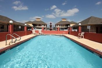 Hotels In San Benito