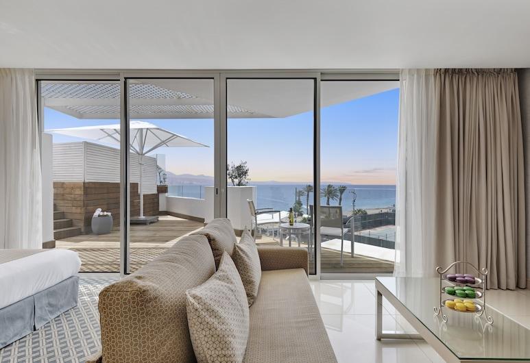 Reef  Eilat Hotel  By Herbert  Samuel , Eilat, Luxury Suite With Private Pool & Balcony, Powierzchnia mieszkalna