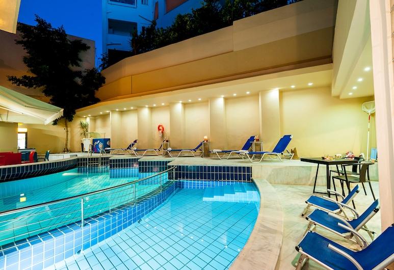 Elina Hotel Apartments, Rethymno, Utomhuspool