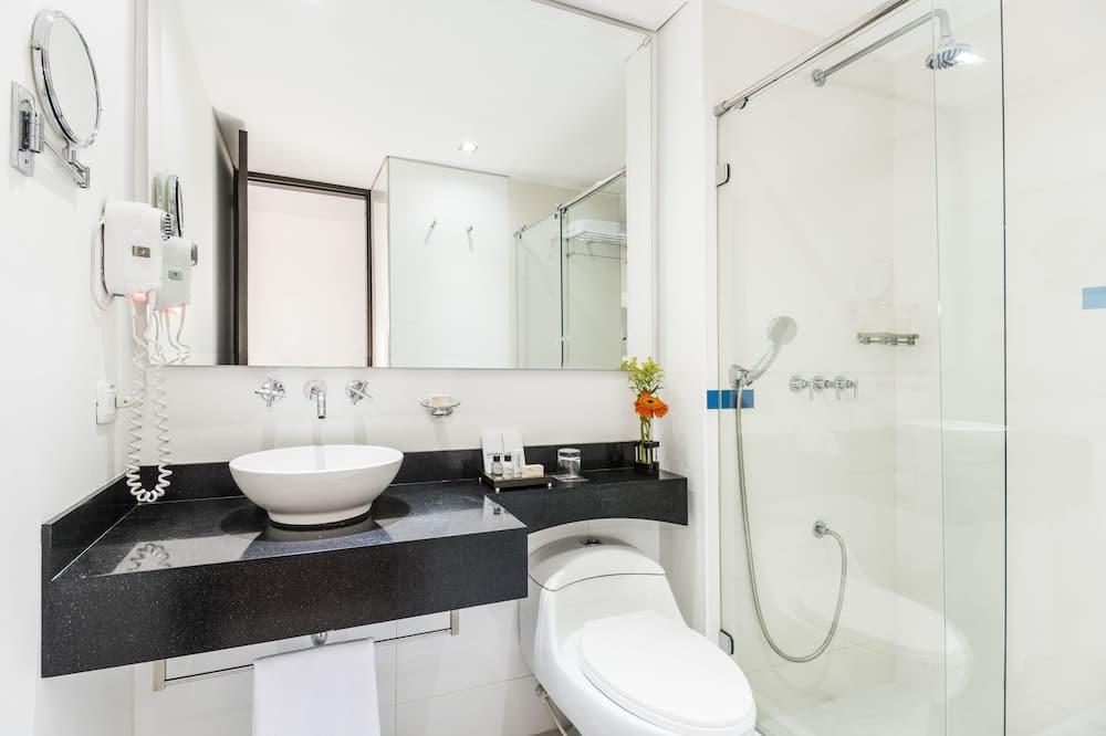 Habitación superior, 2 camas individuales - Cuarto de baño