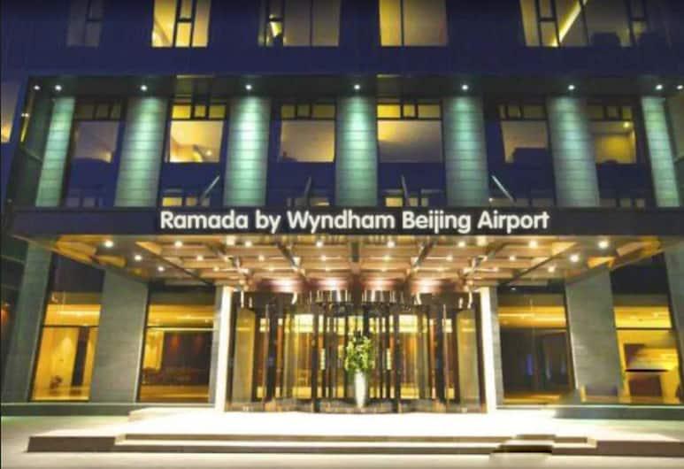 Ramada by Wyndham Beijing Airport, Beijing, Exterior