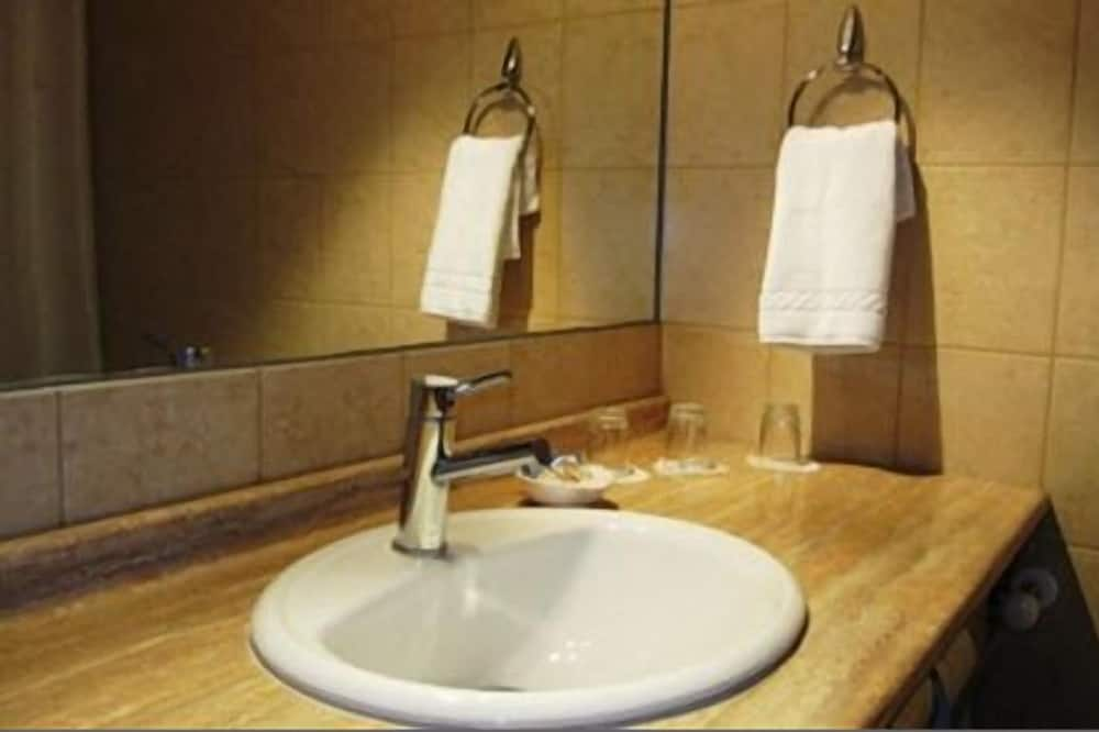 Стандартный одноместный номер - Раковина в ванной комнате