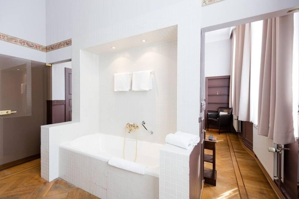 Kamar Deluks, 1 Tempat Tidur Double - Kamar mandi