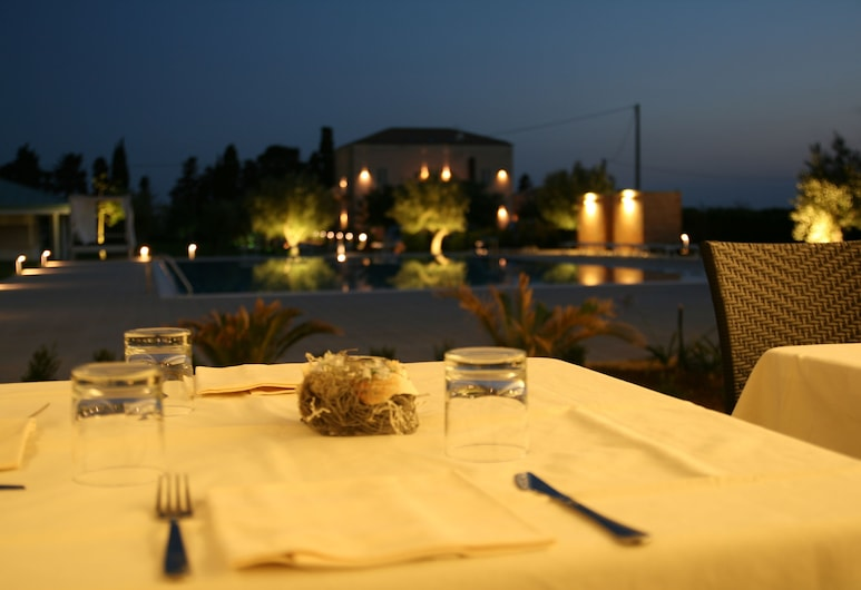 Villa Fanusa, סירקיוז, ארוחה בחוץ