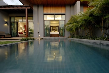Bild vom Two Villas Holiday Phuket Onyx Style Nai Harn Beach in Rawai