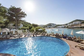 Bild vom Palladium Hotel Cala Llonga - Adults Only in Santa Eulària des Riu