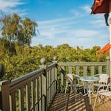 Трехместный номер, вид на сад (Mini) - Балкон