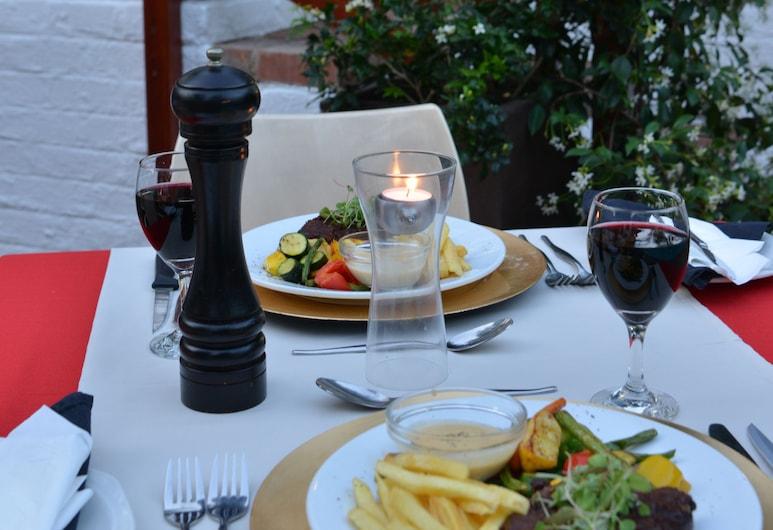 Rivonia Premier Lodge, Sandton, Outdoor Dining
